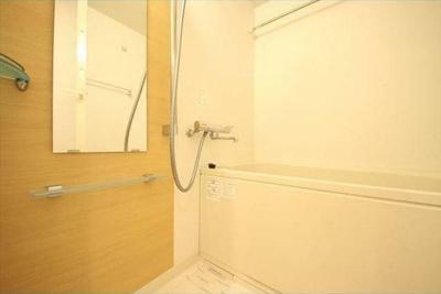 【浴室】ラスパシオ三軒茶屋 敷金0礼金0 ネット使い放題 独立洗面台