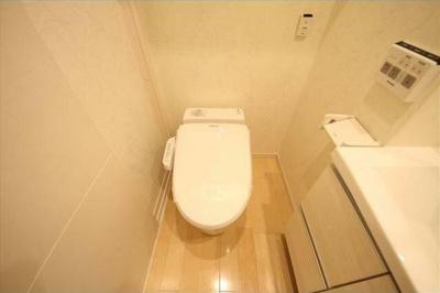 【トイレ】ラスパシオ三軒茶屋 敷金0礼金0 ネット使い放題 独立洗面台