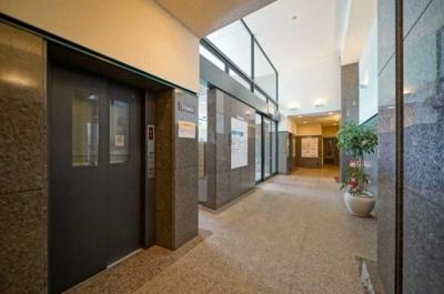 晴海アイランドトリトンスクエアビュータワー2号棟のエレベーターです。
