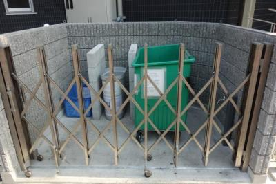 ゴミ捨て場
