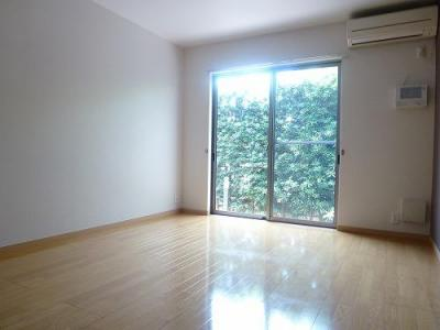 明るい洋室は素敵ですね