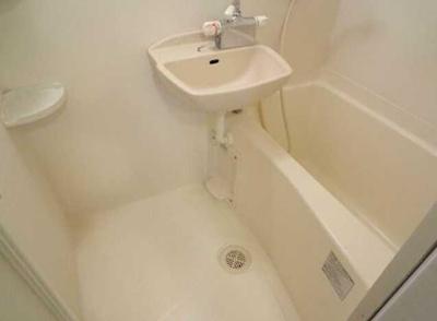 【浴室】ZESTY若林Ⅱ デザイナーズ バストイレ別 浴室乾燥機