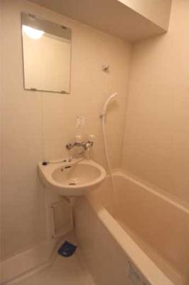 【浴室】ステージファースト三軒茶屋 バストイレ別 宅配BOX 分譲賃貸