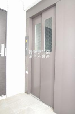 エレベーター完備
