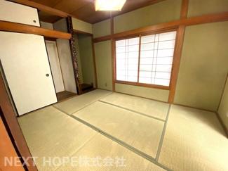 1階和室6帖です♪床の間、押入れも有り室内を有効に使用していただけます (^^)