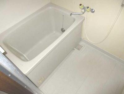 【浴室】サンライズガーデン 浴室乾燥機 2人入居可 オートロック