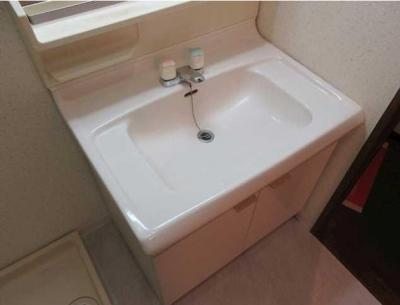 【洗面所】サンライズガーデン 浴室乾燥機 2人入居可 オートロック