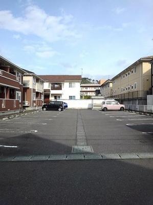 【駐車場】リベラル K1