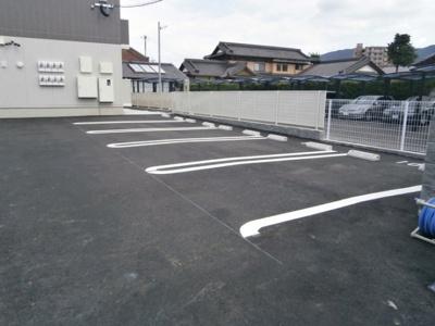 【駐車場】トレゾール城野