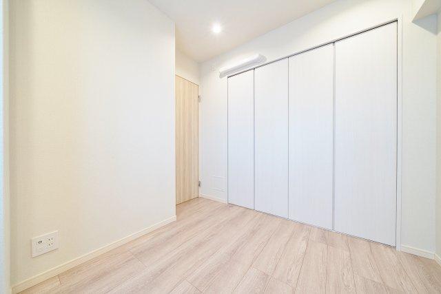 各居室クローゼットを完備 お部屋がすっきりと片付きます