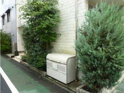 【設備】フラット太子堂 独立洗面台 浴室乾燥機 オートロック 南向き