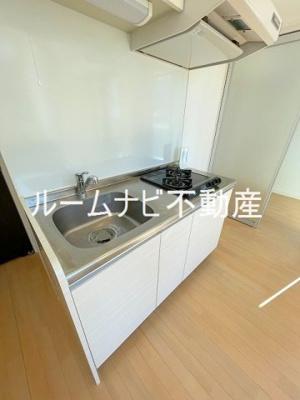 【キッチン】レジェンダリーコート赤羽