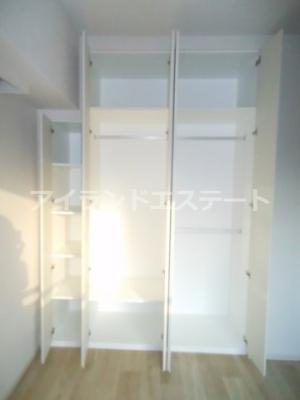 【収納】グレヴィアリグゼ三軒茶屋 二人入居可 ファミリー向け 宅配BOX