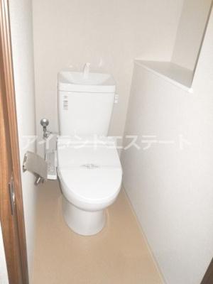 【トイレ】グレヴィアリグゼ三軒茶屋 二人入居可 ファミリー向け 宅配BOX