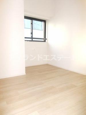 【内装】グレヴィアリグゼ三軒茶屋 二人入居可 ファミリー向け 宅配BOX