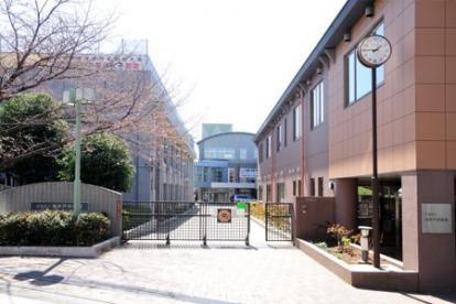 高井戸中学校です。