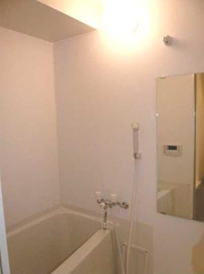 【浴室】ウェルカーサ若林 独立洗面台 駅近 オートロック