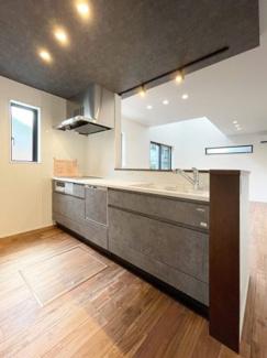 【キッチン】次郎丸3丁目 新築分譲住宅