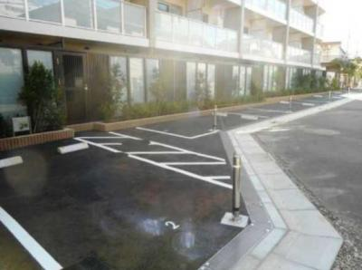 【駐車場】ザ・パークハビオ三軒茶屋テラス ペット相談可 築浅 2人入居可