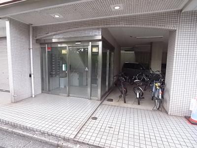 【エントランス】スターンハイツ