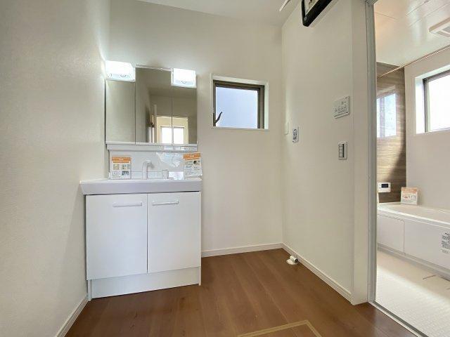 現地写真。ご内覧時には、「資金計画書」をお渡しの上、住宅ローン計算もさせて頂きます。