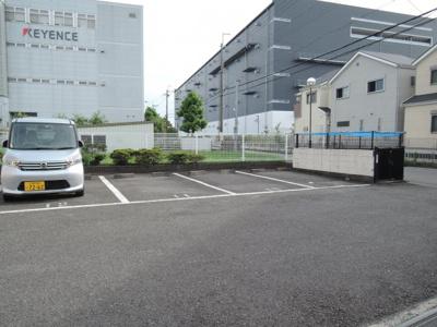 【駐車場】シャルマン芝生