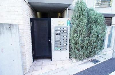 安心のオートロック完備☆
