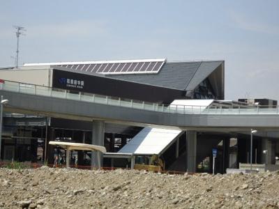 和泉府中駅(JR 阪和線)まで2,124m