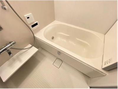 浴室乾燥・ミストサウナ・追い炊きなど機能充実の浴室です♪