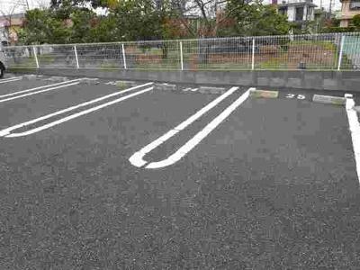 【駐車場】メゾン・ドゥ・ソレイユ B