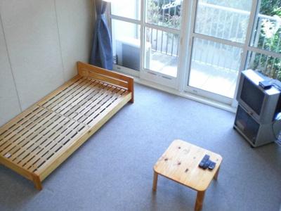 家具、家電付きのお部屋です。