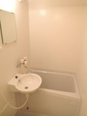 浴室乾燥機付きで女性も安心
