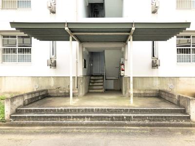【エントランス】ビレッジハウス台宿1号棟