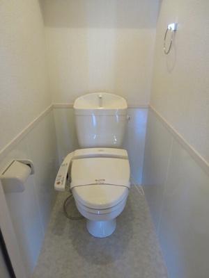 101 温水洗浄暖房便座