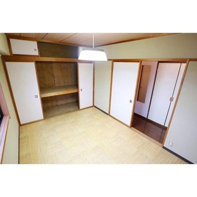 【内装】ハウス・オブ・ジョイ