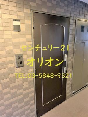 【玄関】ルーブル中村橋弐番館(ナカムラバシニバンカン)