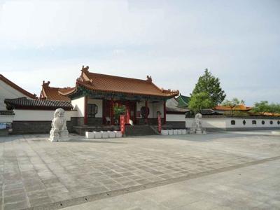 中国庭園 燕趙園まで400m