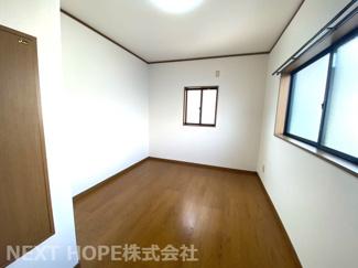 3階洋室6.2帖です♪床、クロス張り替え済み!二面採光の明るい室内です!!ぜひ現地でご確認ください(^^)お気軽にネクストホープ不動産販売までお問い合わせを!!