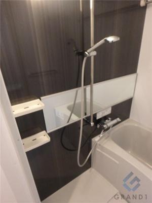 【浴室】レオンコンフォート難波ノワール