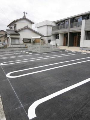【駐車場】シャルム
