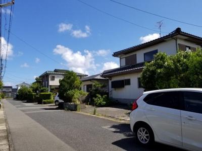 【前面道路含む現地写真】鳥取市美萩野3丁目 土地