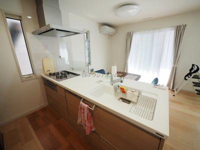 食洗機付対面式キッチン