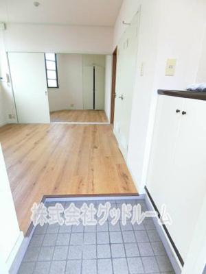 【玄関】レジデンスヤマカ