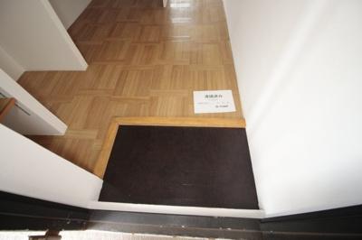 【玄関】カーサ黒砂