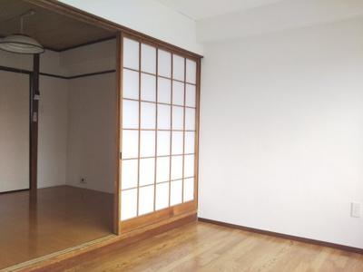 【洋室】サンライズビル