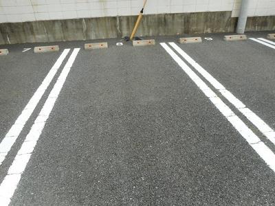 【駐車場】ベル・フルールB