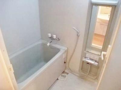 【浴室】スペーシア池尻大橋 ルーフバルコニー 敷金0礼金0 ペット相談可