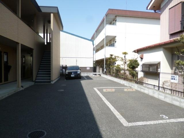 【駐車場】アムール琴