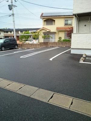 【駐車場】エトワールB