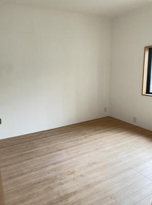約4.5帖の洋室です!
